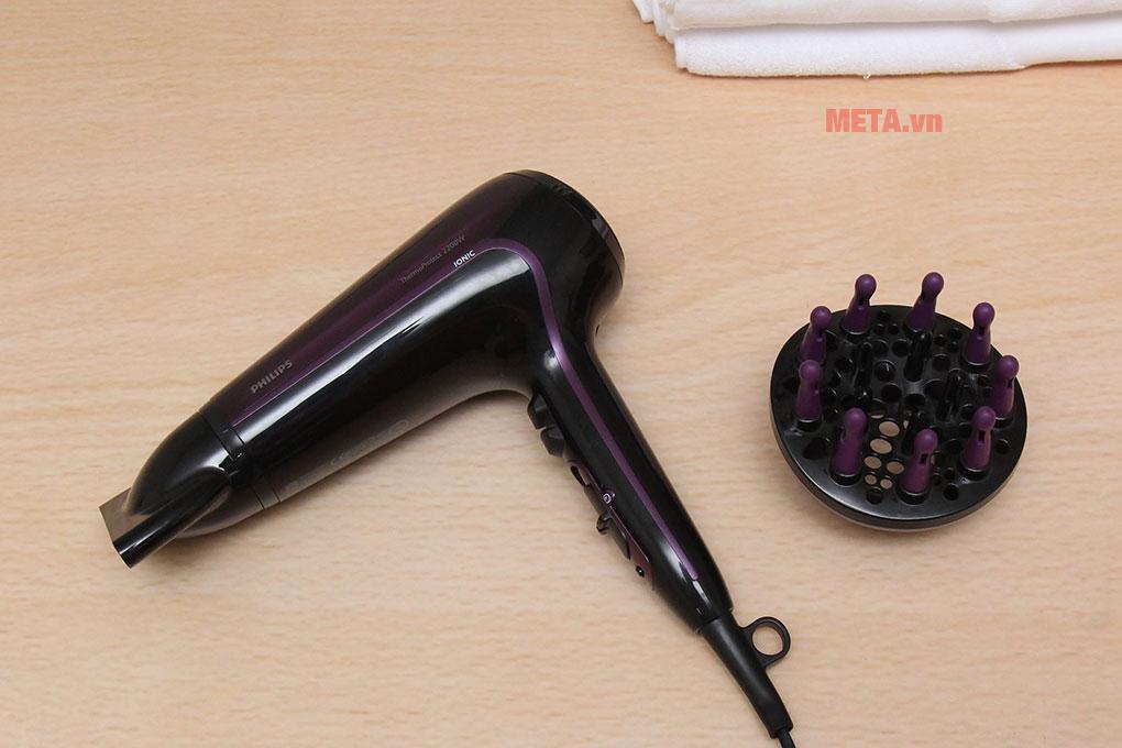 Máy sấy tóc