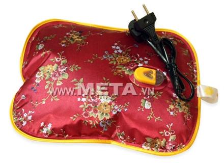 Không nên sử dụng túi chườm Hướng Dương khi đang cắm điện