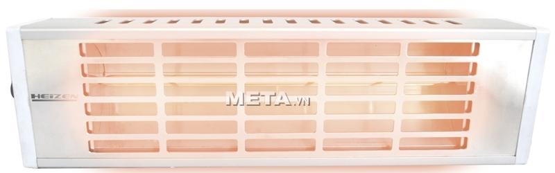 Đèn sưởi Heizen HE-610 sử dụng ánh sáng đèn hồng dịu không gây chói mắt.