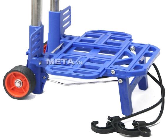 Xe đi chợ đa năng RTV-410S có giá trở bằng nhựa cứng, chắc chắn, dây cao su đi kèm.