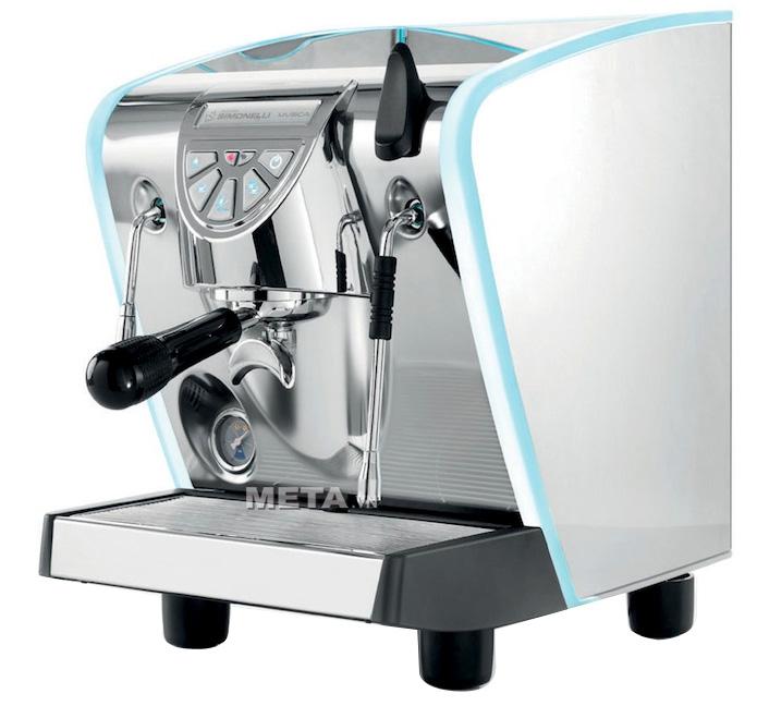 Máy pha cà phê Nuova Simonelli Musica Lux có thể pha cà phê Espresso, Cappuccino dễ dàng.
