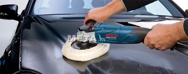 Máy đánh bóng Bosch GPO 12CE giúp đánh sạch mọi vết bẩn