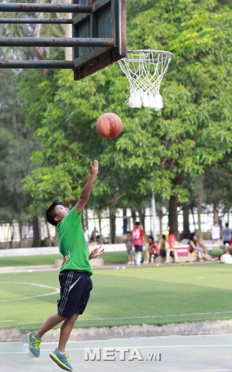 Trụ bóng rổ Vifa Sport 801820 giúp bạn thỏa sức chơi bóng rổ