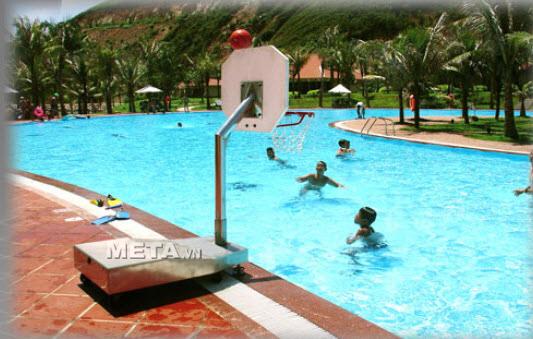 Trụ bóng rổ chơi dưới nước Vifa Sport 801435 giúp các bạn trải nghiệm môn bóng rổ ở dưới nước thật thú vị.