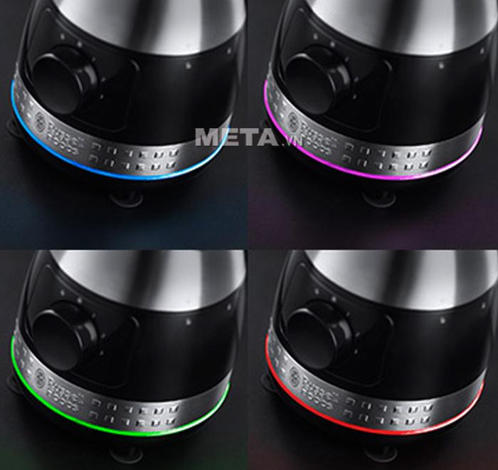 Máy xay sinh tố Russell Hobbs 20230-56 Illumia có thể thay đổi màu sắc với từng tốc độ mà bạn chọn.