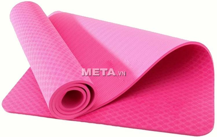 Thảm Yoga TPE 8 ly có độ ma sát cao, giúp an toàn hơn khi tập luyện.