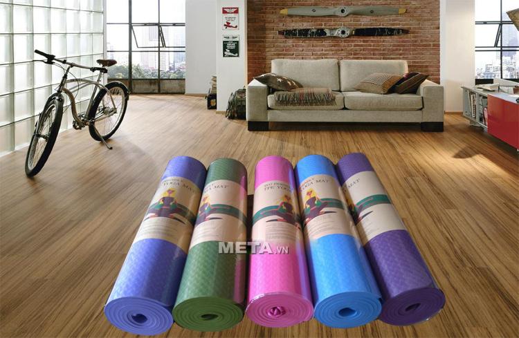 Thảm Yoga TPE 8 ly có nhiều màu cho khách lựa chọn.