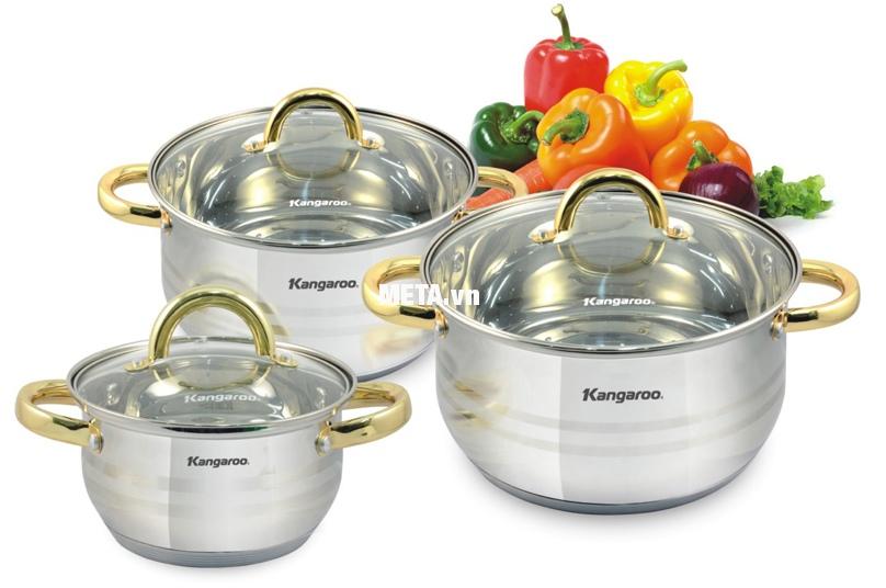 Bộ nồi đáy 5 lớp Kangaroo KG865 gồm 3 nồi có kích thước khác nhau, cho bạn thoải mái nấu nướng.