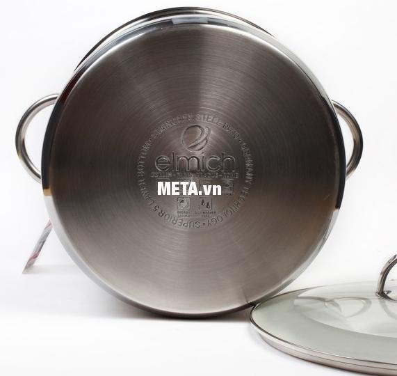 Xoong inox 5 đáy Celestine 18cm 2355275 có 5 lớp đáy, giúp giữ nhiệt tốt.