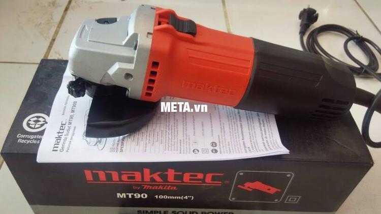 Máy mài góc Maktec MT90 kết cấu máy chắc chắn, chịu va đập cao.