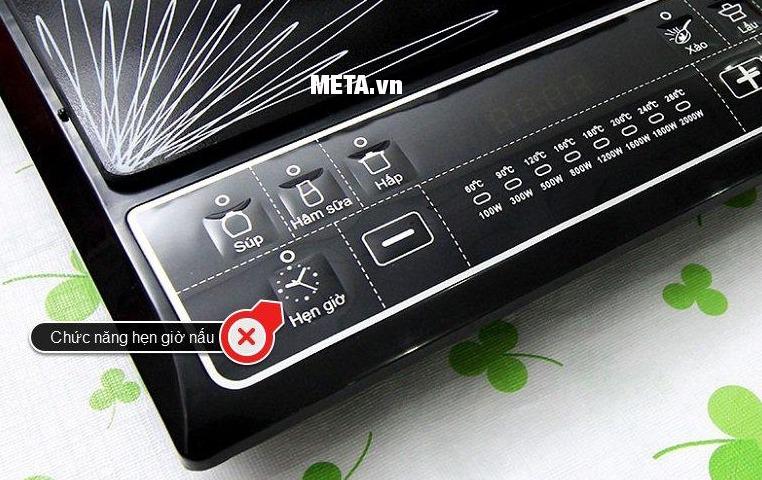 Bếp điện từ Sunhouse SHD6145 có chức năng hẹn giờ nấu.