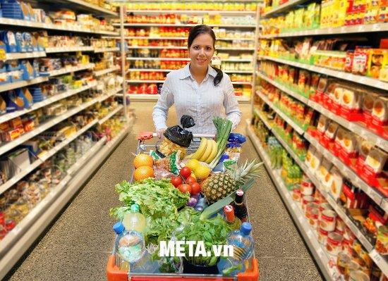 Nhanh chóng thanh toán hàng hóa mua tại siêu thị với đầu đọc mã vạch Tawa TZ6100