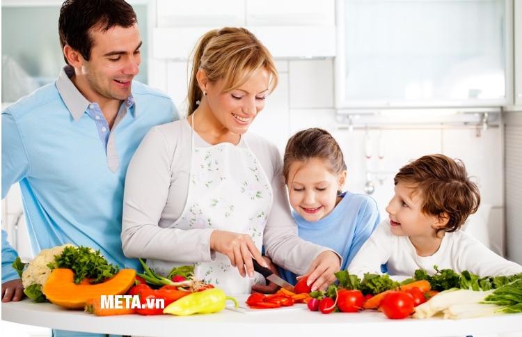 Cả gia đình vào bếp với chảo kim cương đáy từ Sunhouse CSMD30N.