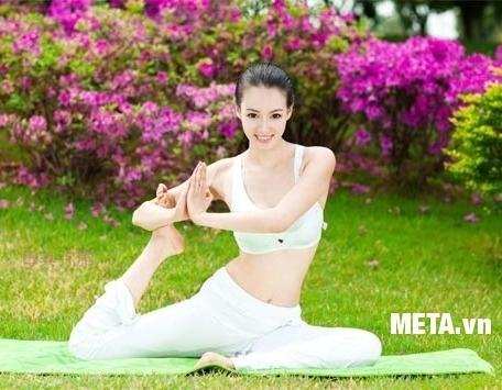 Thảm tập yoga Adidas 0,4cm ADYG-10400GNFR mang đến những bài tập yoga hiệu quả nhất.