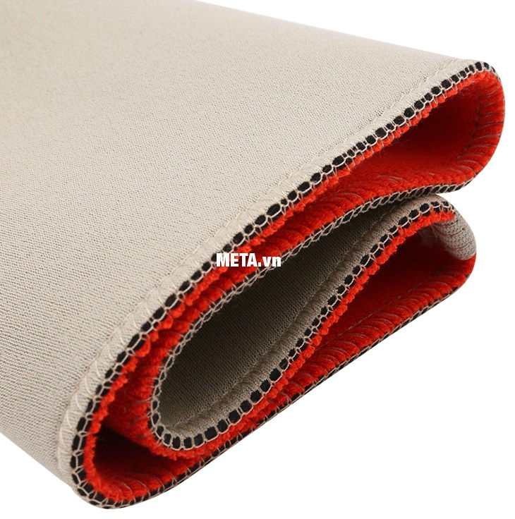 Băng nẹp bắp đùi Thermoskin 8*211 được làm bằng chất liệu thoáng khí, bền đẹp.