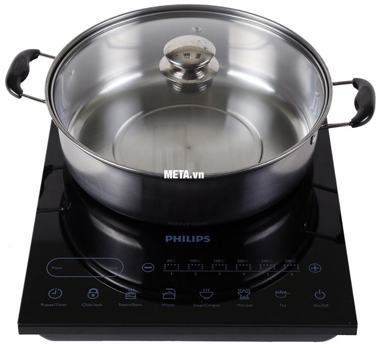 Bếp điện từ Philips HD4932 có 5 chế độ nấu thông minh và chức năng hẹn giờ tự động.