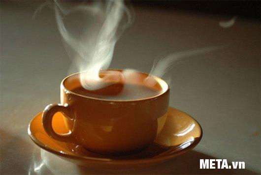 Thưởng thức những ly trà ngon cùng bình đựng nước nóng Tiger PXJ-1000 1 lít