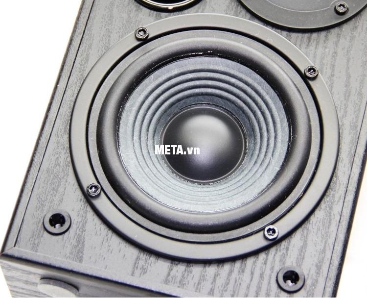 Loa 2.0 Edifier R1100 thiết kế mặt gỗ đen bóng tạo cảm giác sang trọng, âm thanh uy lực mạnh mẽ.