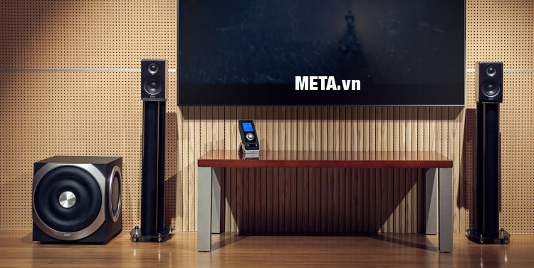 Loa 2.1 Edifier S730 giúp phòng khách của gia đình thêm sang trọng hơn.