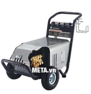 Máy phun rửa áp lực cao Lutian 18M22-3T4 di chuyển dễ dàng.