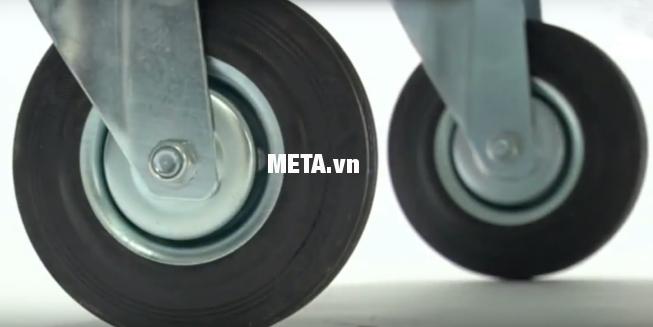 Xe đẩy hàng Jumbo HL-110C thiết kế bánh xe linh hoạt.