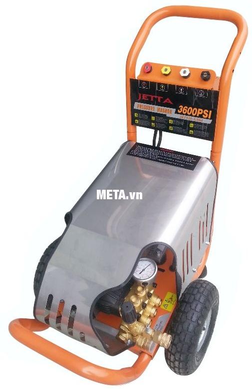 Máy rửa xe cao áp Jetta JET250-5.5T4 thiết kế vòi phun dài 15 phút giúp bạn thoải mái xịt rửa xe ô tô mà không phải di chuyển máy.
