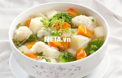 Món ăn trở nên thơm ngon, hấp dẫn với bộ nồi Berndes Millesima-Nr.066100.
