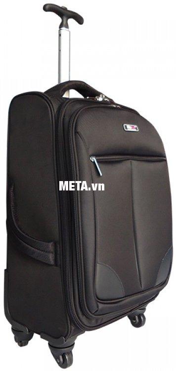 Vali Macat D-TW0 có 4 bánh xoay 360 độ dễ sử dụng
