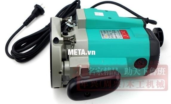 Máy phay gỗ 1650W DCA AMR02-12 (M1R-FF02-12) kiểu dáng máy chắc chắn, không gỉ sét.