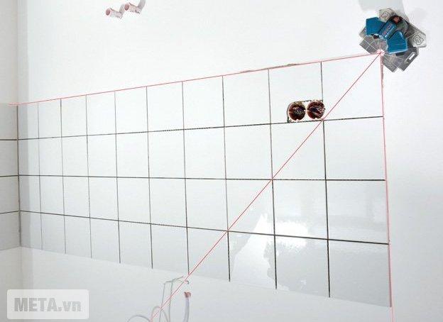 Máy cân mực laser 3 tia Bosch GTL 3 giúp cho người thợ xây dựng hay làm nội thất đo đạc nhanh chóng