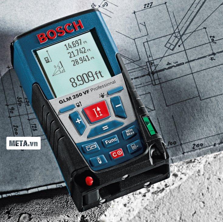 Máy đo khoảng cách laser Bosch GLM 250 VF thiết kế nhỏ gọn.
