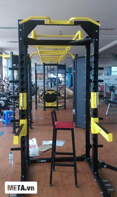 Khung tập thể lực đa năng Impulse X-Shape dùng cho phòng tập gym.