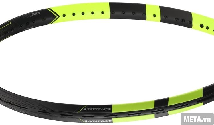 Vợt tennis Babolat Pure Aero Unstring 101253 với khung vợt chắc chắn.