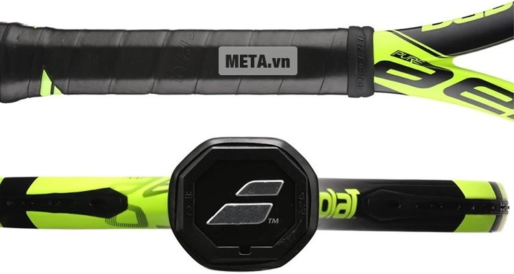 Vợt tennis Babolat Pure Aero Unstring 101253 với thân và cán vợt chắc chắn.