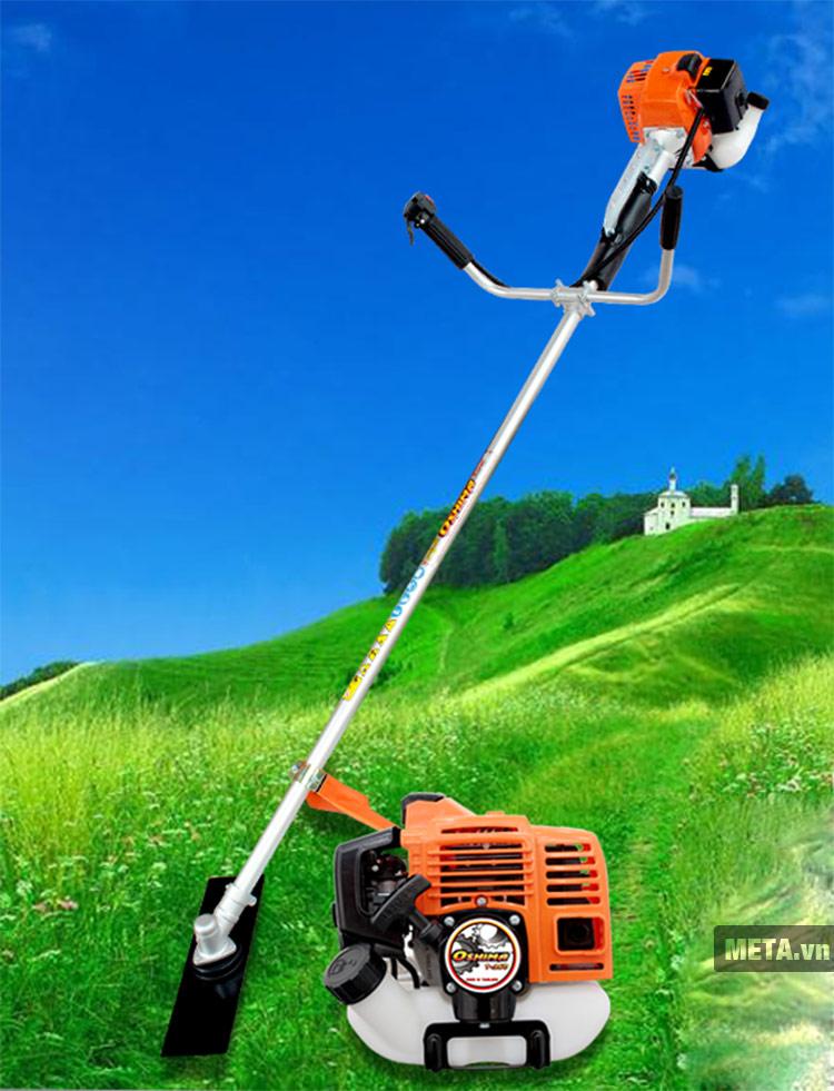 Máy cắt cỏ Oshima T260 được thiết kế với công suất máy khỏe.