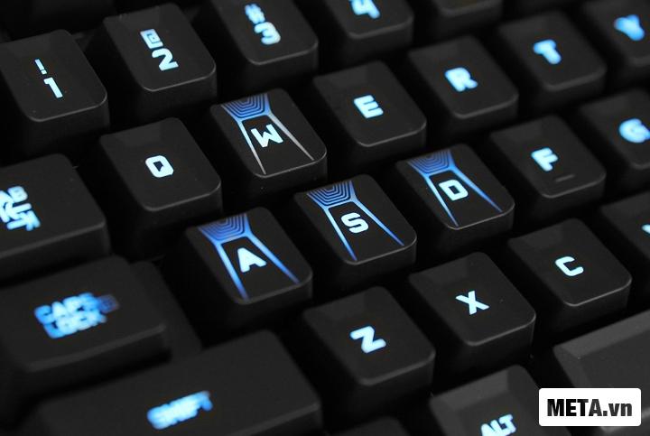 Toàn bộ bàn phím cơ Logitech G310 cài đặt chế độ chiếu sáng.