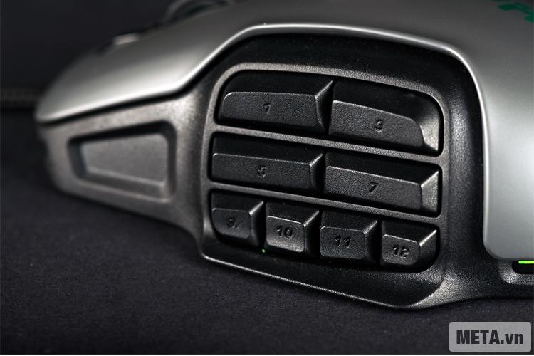 Chuột máy tính Roccat Nyth được thiết kế với các phím bên hông chuột giúp người dùng thao tác nhanh hơn.