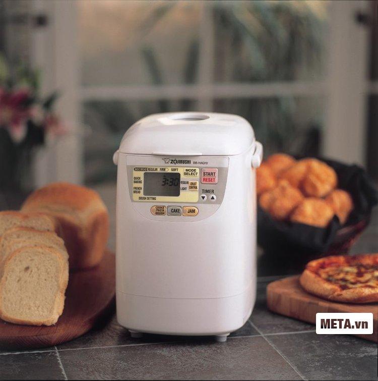 Những chiếc bánh thơm ngon với máy làm bánh Zojirushi BB-HAQ10