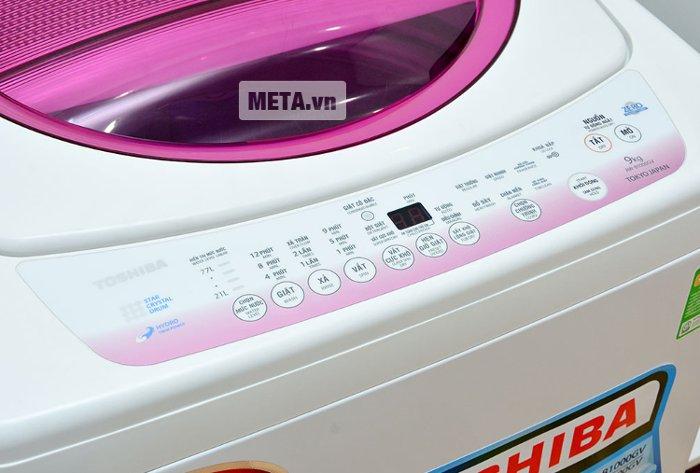 Bảng điều khiển của máy giặt Toshiba B1000GV.