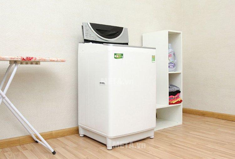 Máy giặt cửa trên 10 kg Toshiba DE1100GV được trang bị động cơ Inverter đột phá.