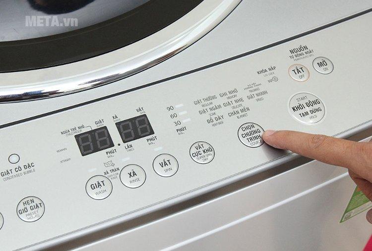Nút chọn chương trình giặt bằng tiếng Việt, thân thiện với người dùng.