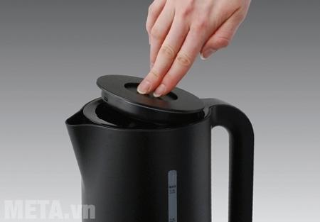 Ấm đun nước được làm từ chất liệu nhựa nguyên sinh cao cấp