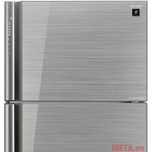 Tủ lạnh 627 lít Sharp SJ-XP630PG-SL có bảng điều khiển ngay trên tay cầm vô cùng tiện lợi