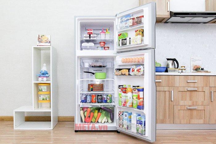Tủ lạnh 260 lít Hitachi H310PGV4 (IX) có hệ thống khay kính chịu lực tốt