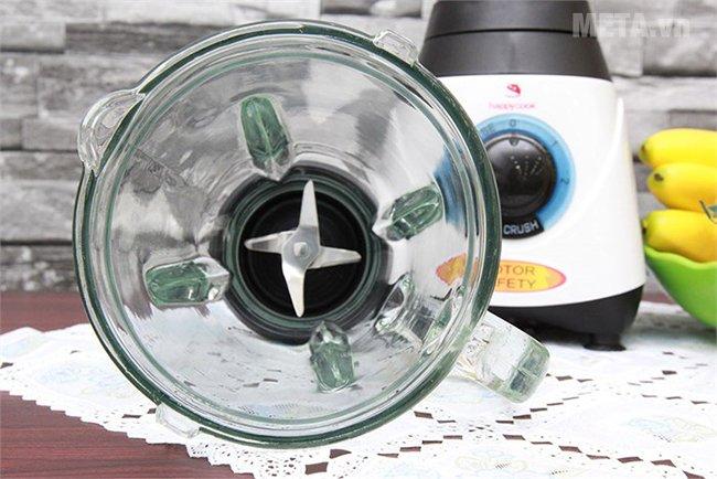 Máy xay sinh tố Happy Cook HCB-150C có lưỡi dao sắc bén