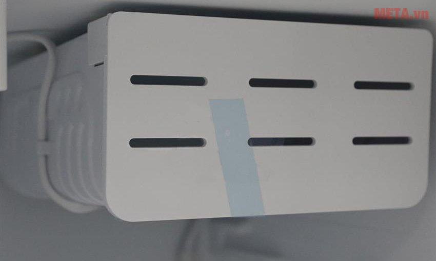 Tủ lạnh mini 68lít Midea HS-90LN làm lạnh bằng quạt gió.
