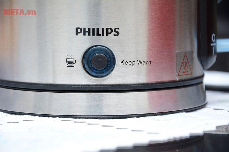 Philips HD9316 giữ ấm nước trong vòng vài giờ.