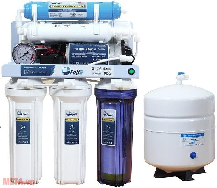 Máy lọc nước tinh khiết RO thông minh FujiE RO-07 (7 cấp lọc) sử dụng phù hợp cho gia đình.