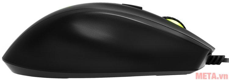 Mặt bên phải của chuột game Mionix Castor với 1 phần hơi hõm để đặt ngón tay áp út cho đỡ mỏi.