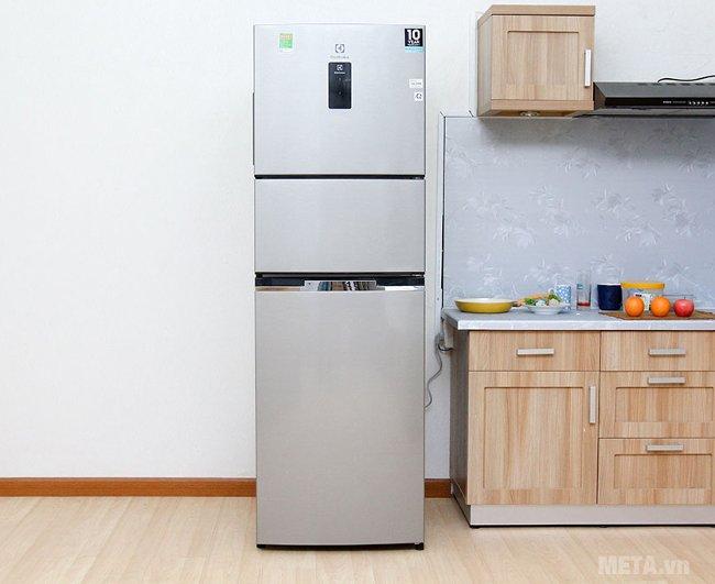Tủ lạnh 350 lít inverter Electrolux EME3500MG làm nổi bật không gian nội thất nhà bạn